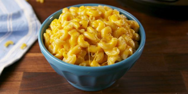 landscape-1516127829-delish-instant-pot-mac-n-cheese-still003.jpg